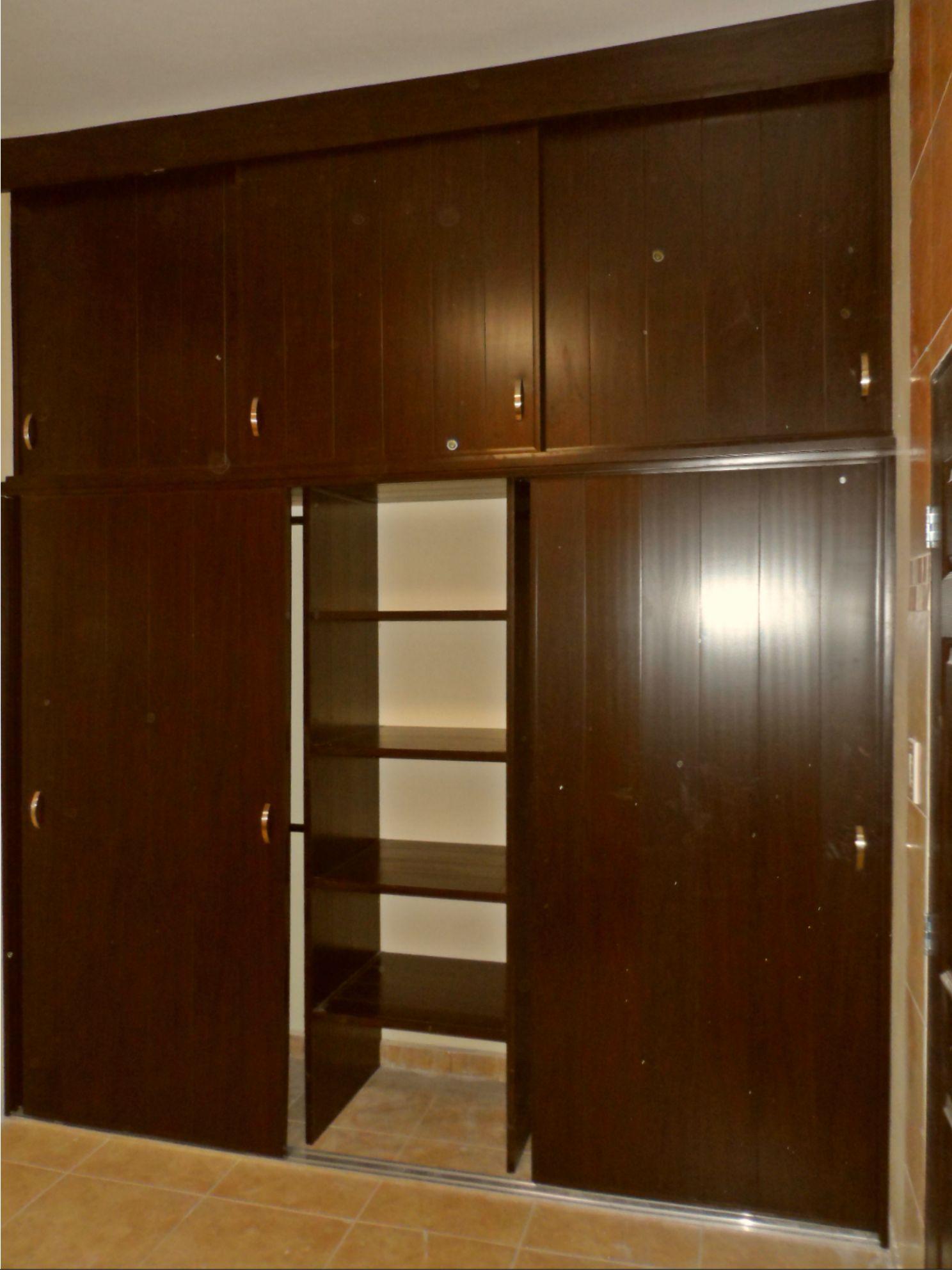 Sam 3489 for Disenos de puertas de madera para closets